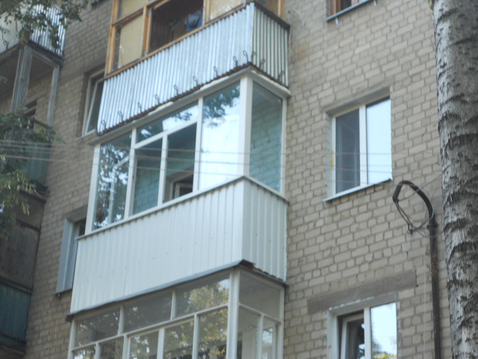 Отделать балкон сайдингом под камень фото..